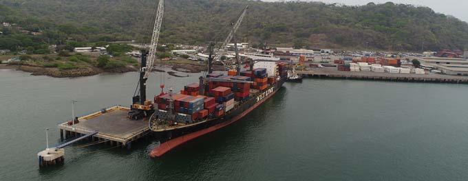 imagen de barco exportador