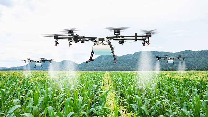 Drones y controladores biológicos en la agricultura