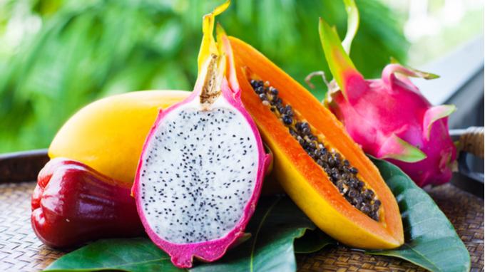 Frutas éxoticas de Costa Rica Pitahaya,papaya y melón
