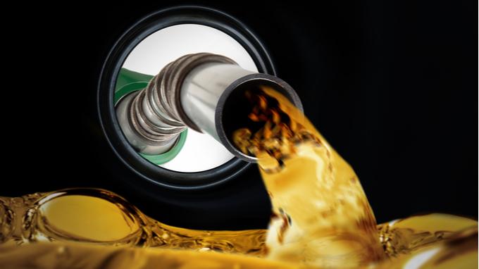 Abastecimiento de gasolina.