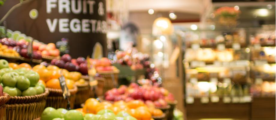 Supermercado , zona de frutas y hortalizas